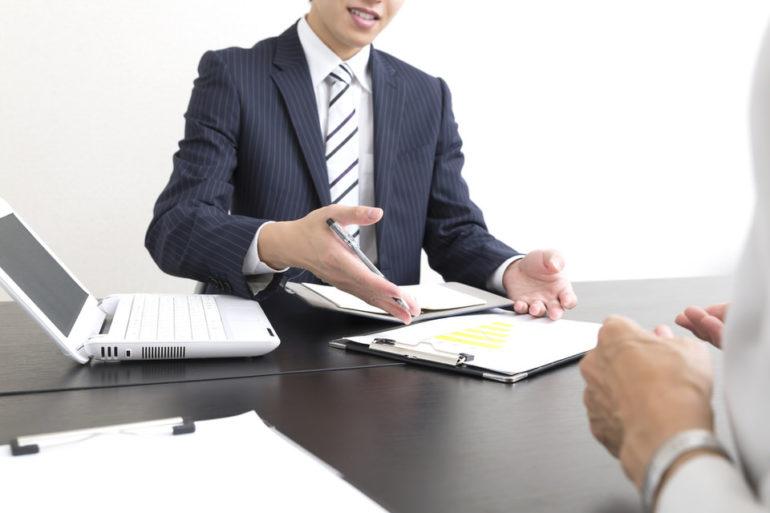 税理士から経営状況報告のイメージ